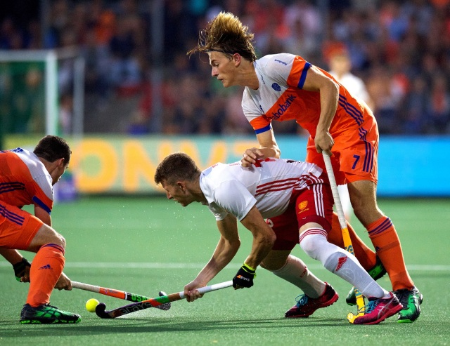 16 Netherlands - England